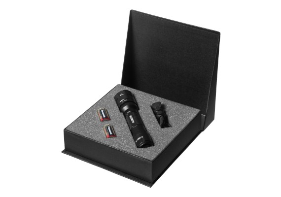 Rechargeable Tactical flashlight with strong output DEFENDER 02, 915lm
